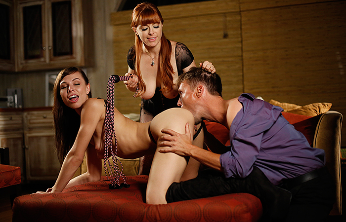 Lust Cinema – The Submission of Emma Marx 3 - Chapter 5